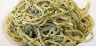 spaghetti met zevenbladpesto