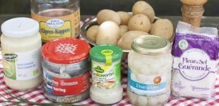 aardappelsalade met zure haring
