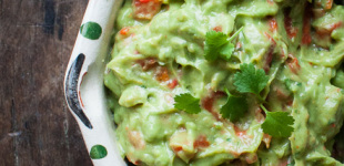 avocado paprika dip
