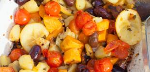 gemengde aardappelen uit de oven met salie